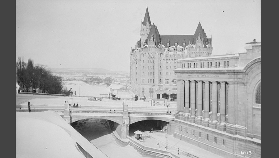 Grand Trunk Central Station, Chateau Laurier